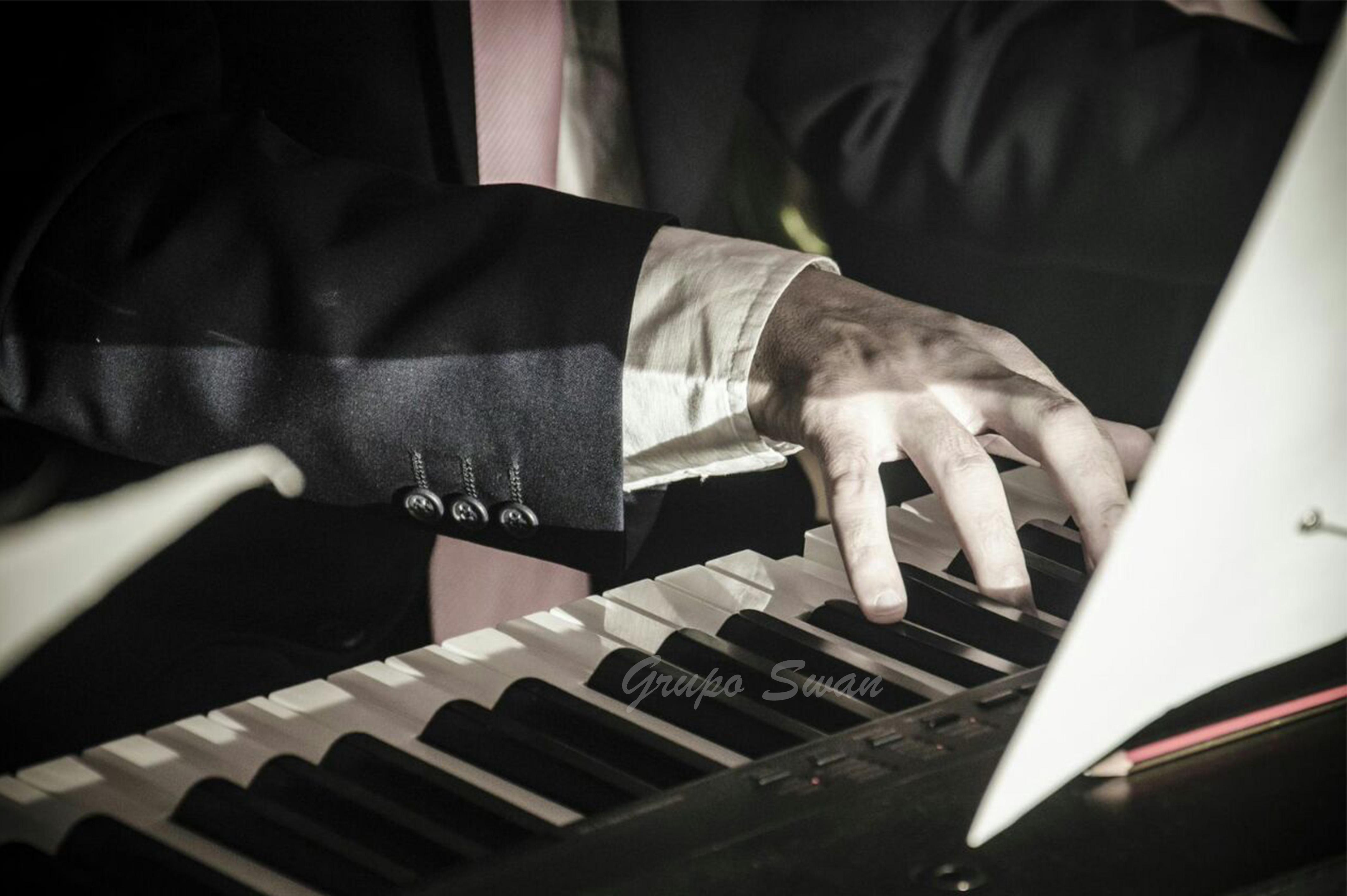 Música para bodas: ¿dónde colocar a los músicos en la iglesia?