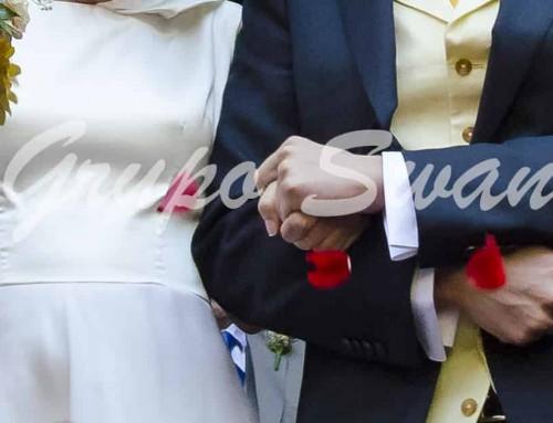 Cómo preparar la entrada de los novios a una boda religiosa
